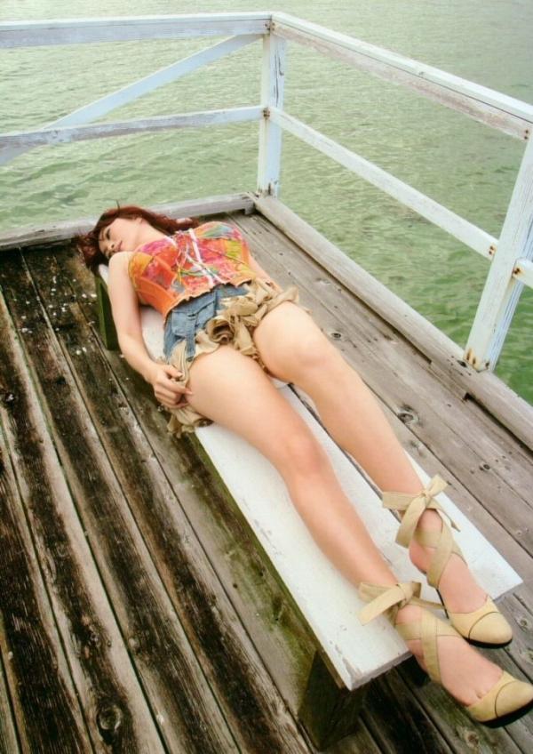 OL太腿のエロ画像-47