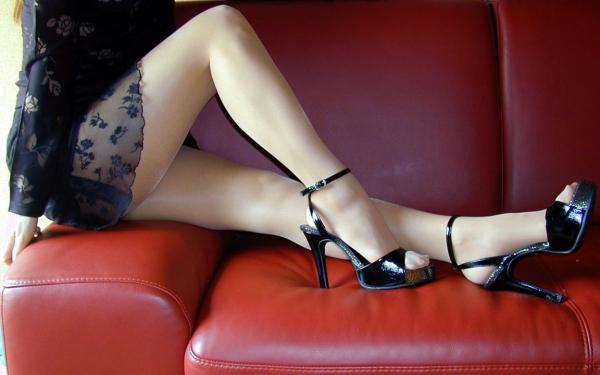 OL太腿のエロ画像-57