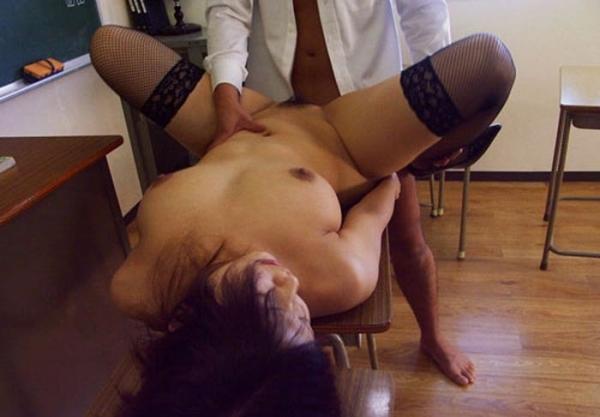 女教師の裸ヌード画像-31