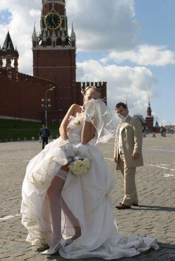 ウェディングドレスのパンチラ画像-2
