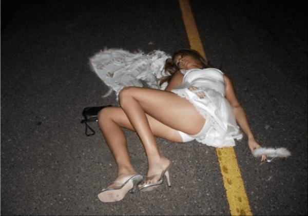 ウェディングドレスのパンチラ画像-34