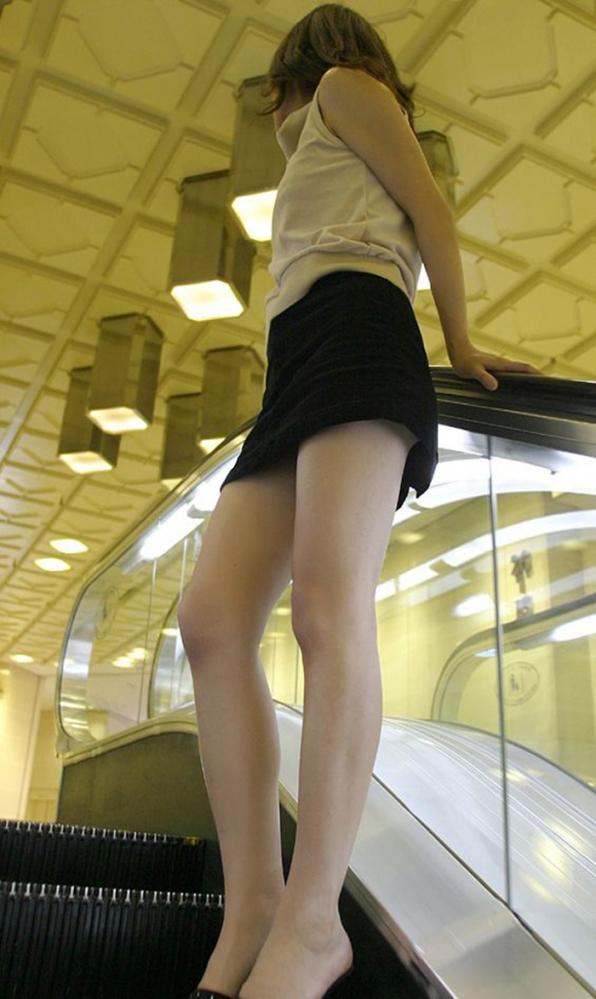 エスカレーターパンチラの画像-8