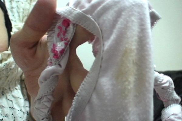 染み付きパンツのエロ画像-4