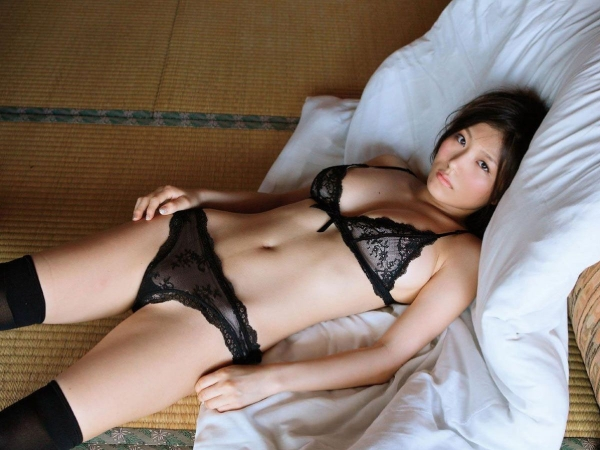 下着姿のセクシー画像-80
