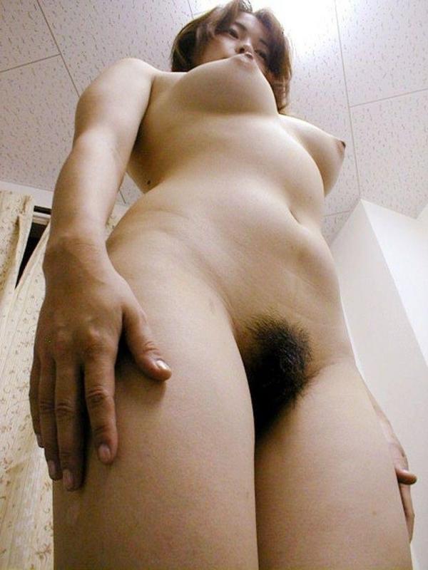 美巨乳の下乳画像-15