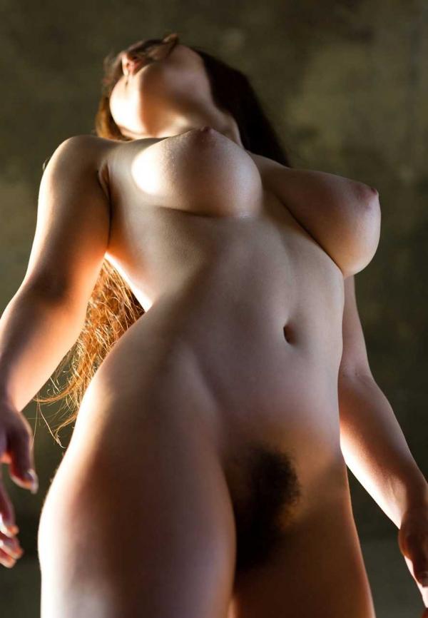 美巨乳の下乳画像-40