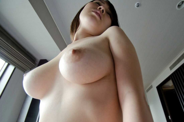 美巨乳の下乳画像-47