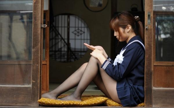 立膝座りのエロ画像-9
