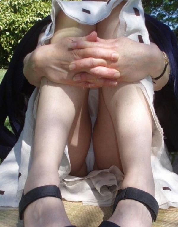 立膝座りのエロ画像-95
