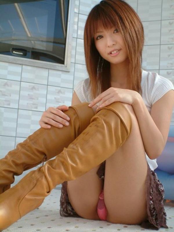 立膝座りのエロ画像-147