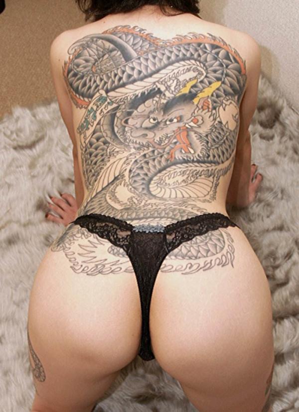 タトゥー入れた女のヌード画像-71