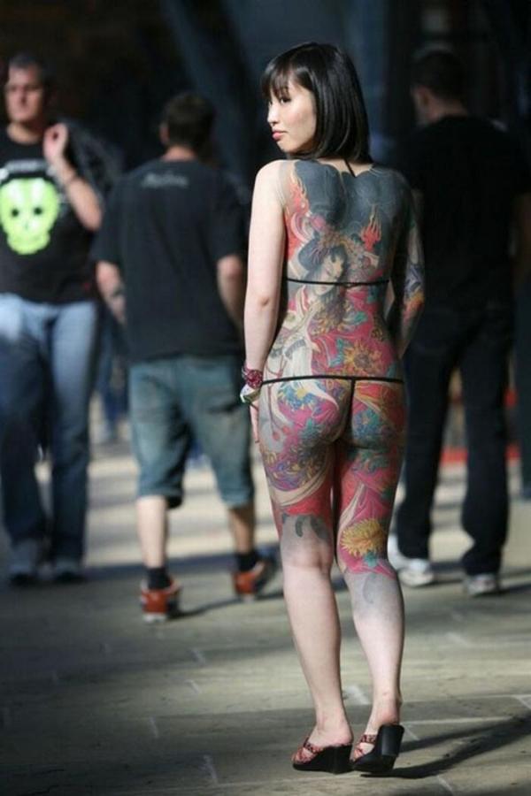 タトゥー入れた女のヌード画像-73