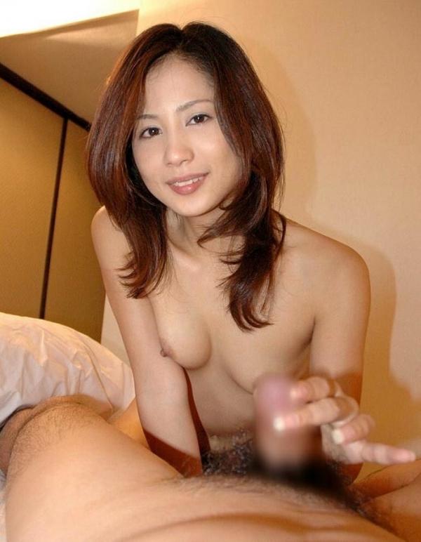 素人写メの手コキ画像-24