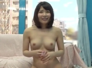 【MM号】綺麗な美女若妻が草食系童貞男子と筆おろしエッチ