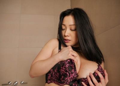 小向美奈子 19-05-03 淫具スライム乳 006