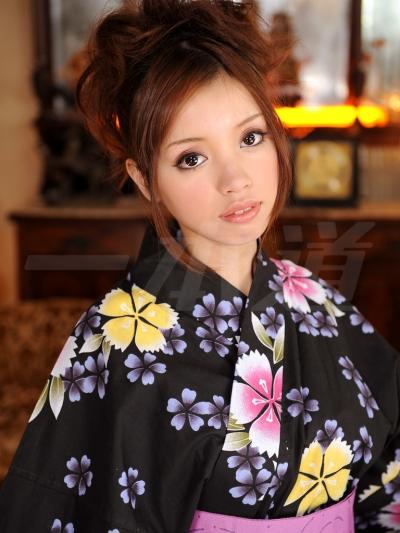 愛嶋リーナ 08-08-09 モデルコレクション37 001