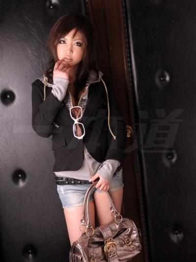 伊東さゆり 09-02-24 モデルコレクション53 002
