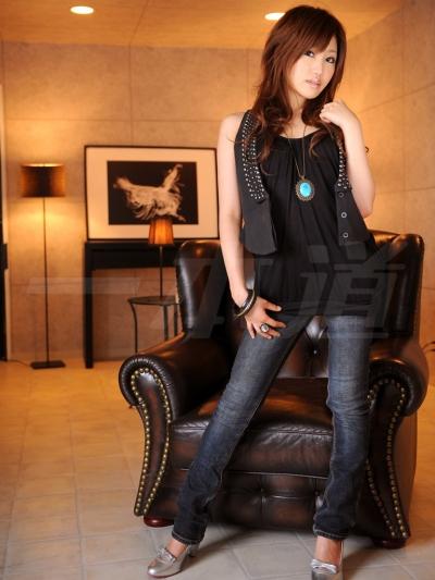朝比奈るい 10-05-15 モデルコレクション89 002