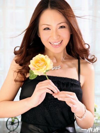 小沢優名 11-04-29 モデルコレクション102 001