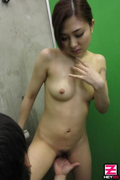 堀口真希 19-08-20 続々生中 010