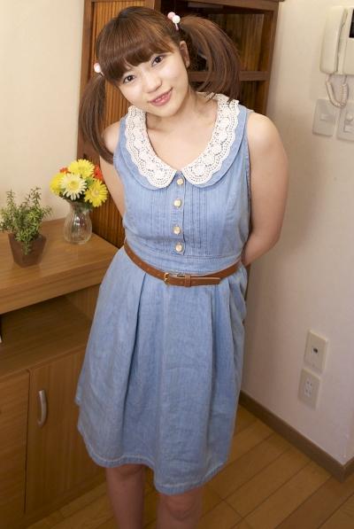 美里麻衣 19-12-17 おさげロリ美少女 b 001