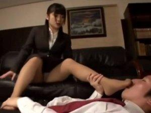就活女子大生の蒸れた足