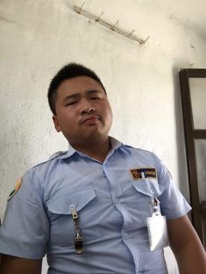 アジア系デブ男子 (1)