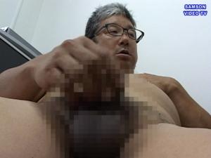 men-026pic04.jpg