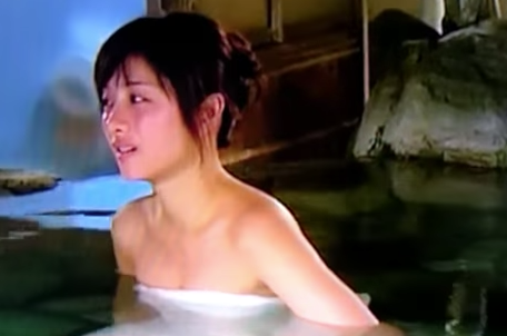 【エンタメ画像】【衝撃映像】石原さとみの入浴シーンで謎の腕に触られていると騒がれたmovie★★★★★★★★★★★