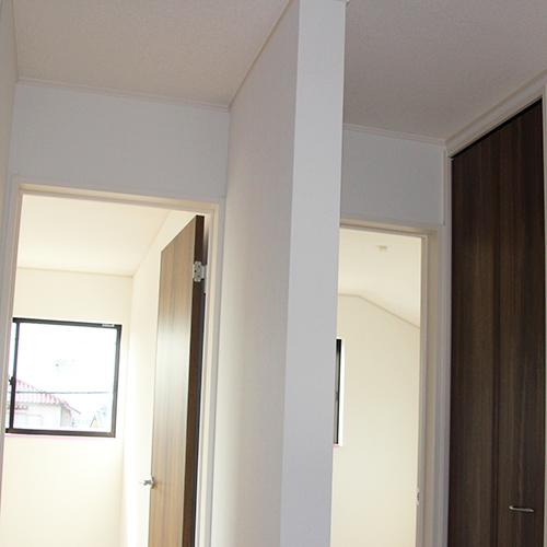 廊下の壁を取って小さなホールにする①