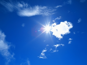 white-clouds-and-blue-sky_1600x1200_78556.jpg