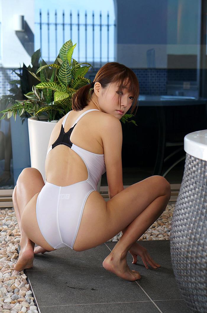 涼川絢音 水着 ローション エロ画像 17