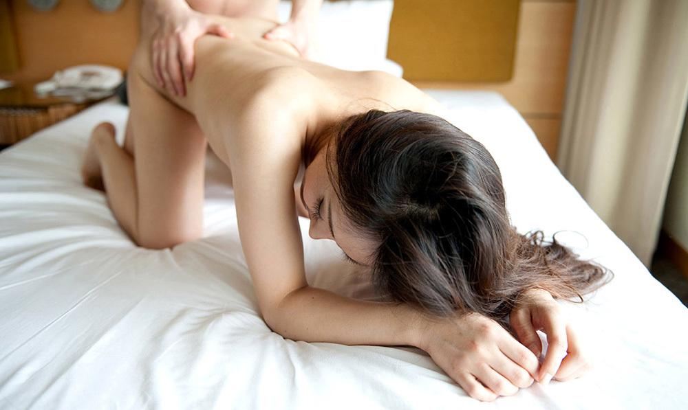 後背位 セックス エロ画像 21