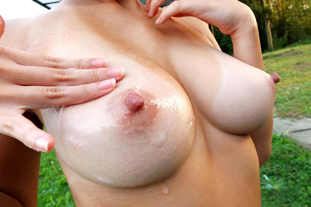 乳首 おっぱい エロ画像 19