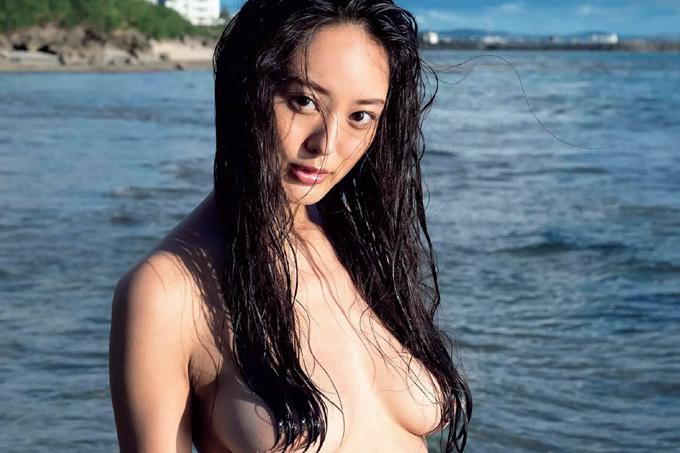 【津久井えみり】過激にグラビアデビュー【モデル】