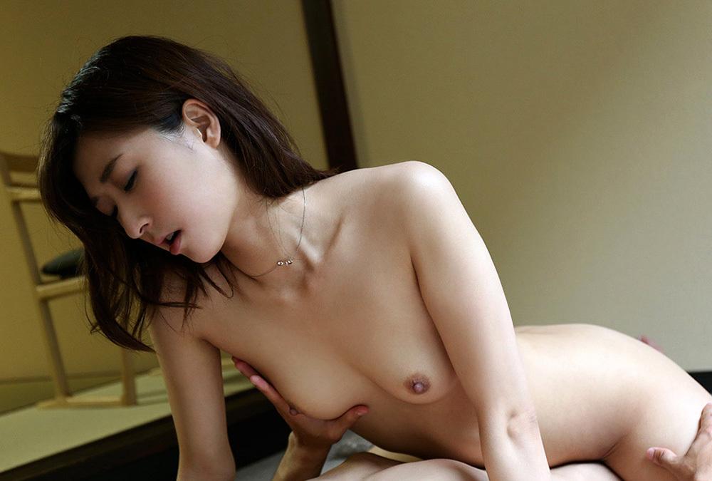 綺麗なお姉さん エロ画像 38