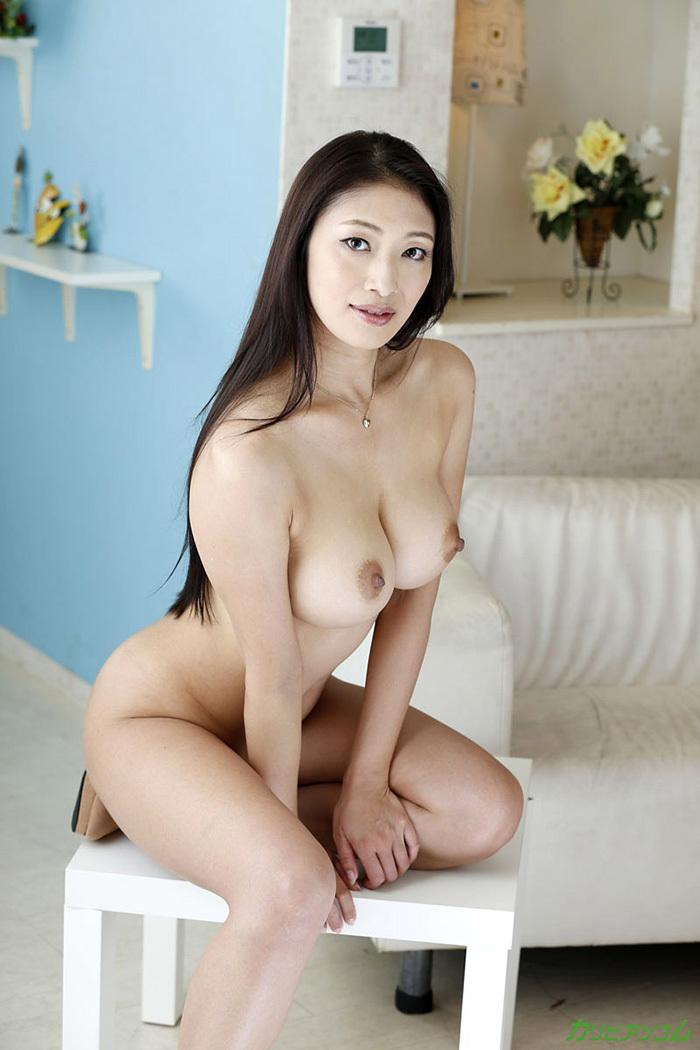 綺麗なお姉さん エロ画像 39