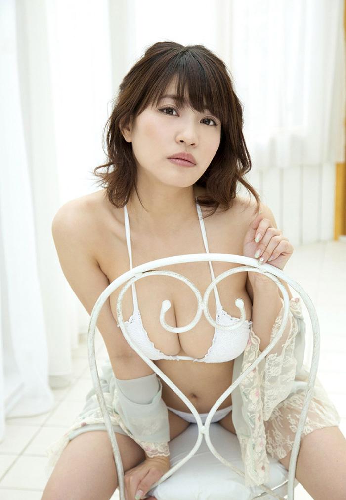 綺麗なお姉さん エロ画像 4