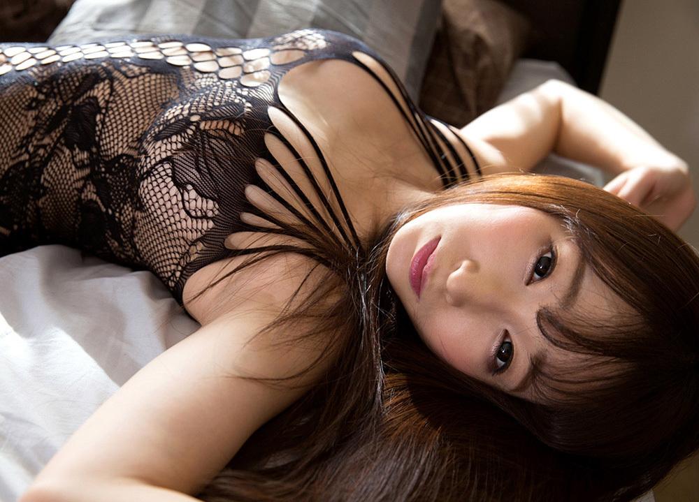 綺麗なお姉さん エロ画像 16