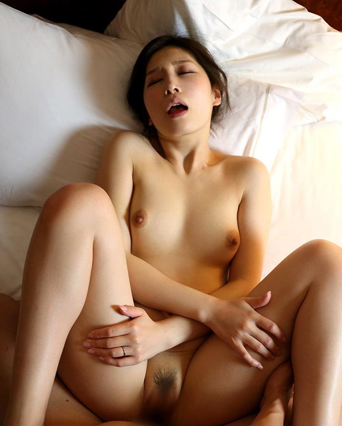 綺麗なお姉さん エロ画像 41