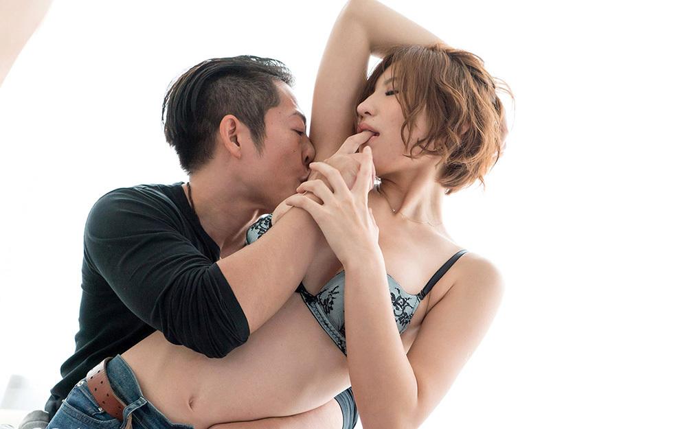 綺麗なお姉さん エロ画像 27