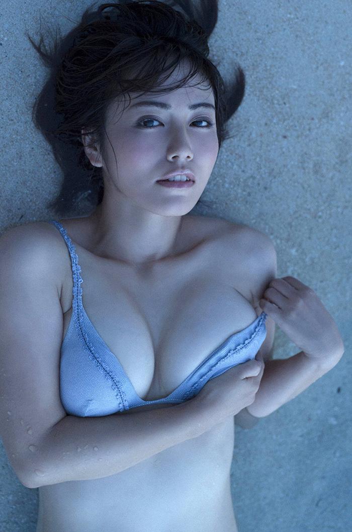 綺麗なお姉さん エロ画像 36