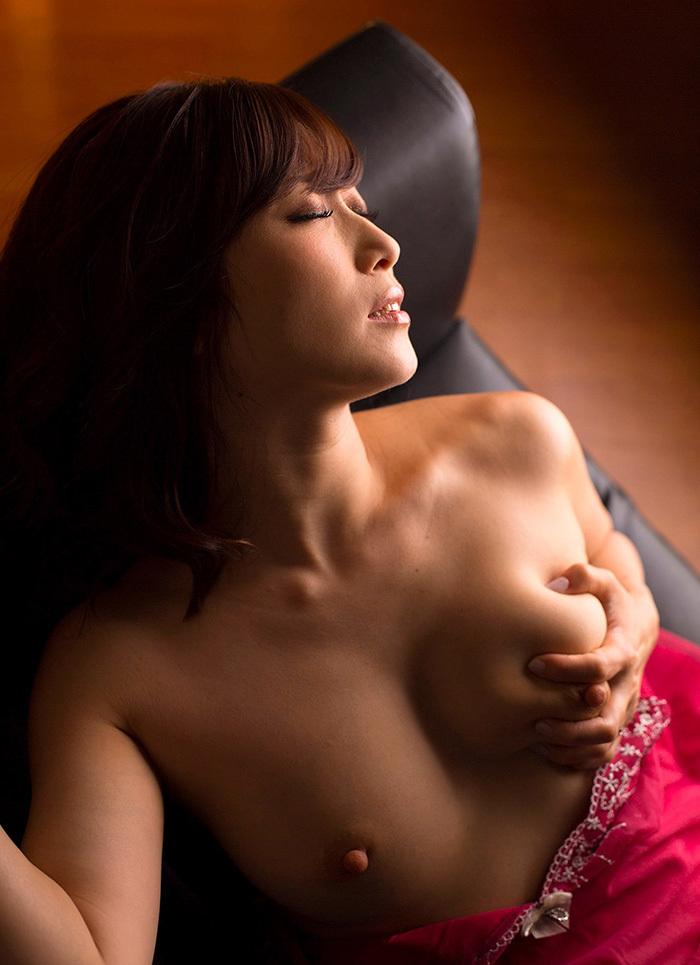 綺麗なお姉さん エロ画像 46