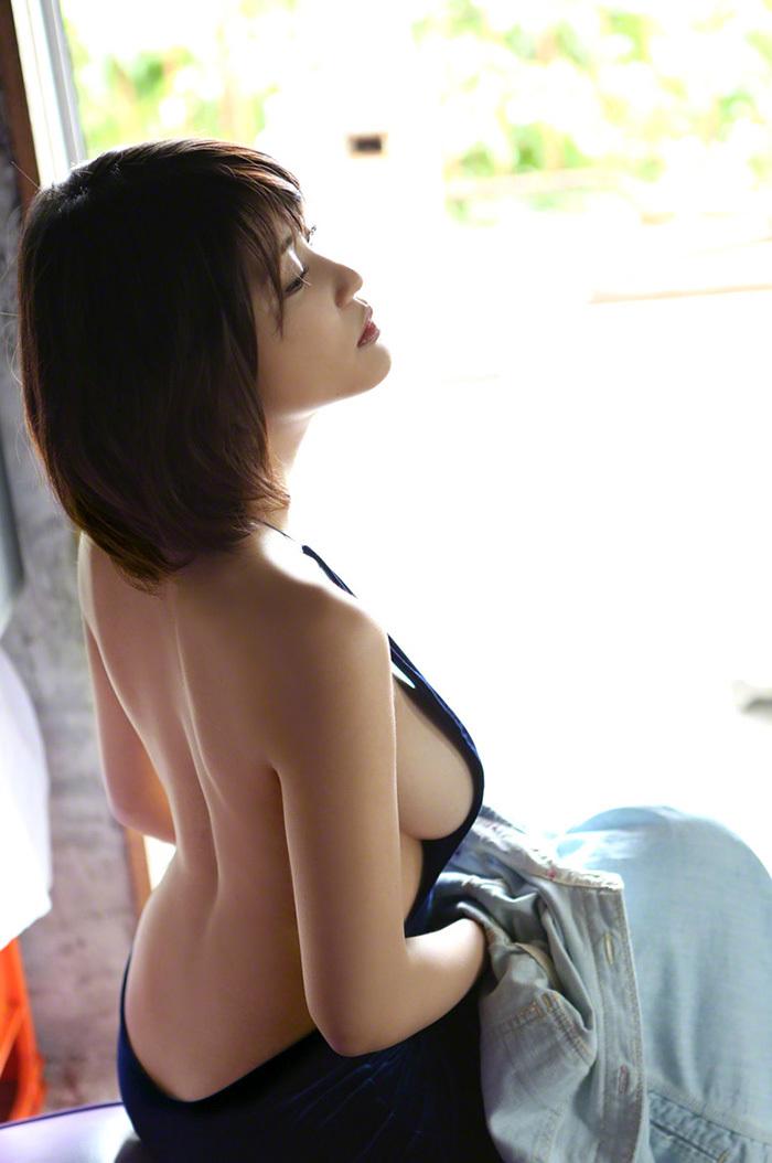 綺麗なお姉さん エロ画像 7