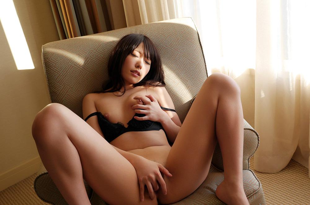 綺麗なお姉さん エロ画像 8