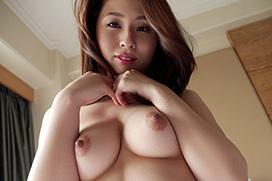 【前田可奈子】妖艶人妻が淑やかに感じるハメ撮り【セックス】