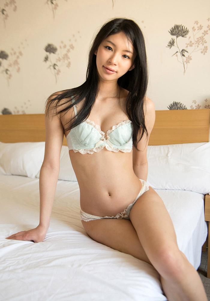 綺麗なお姉さん エロ画像 20