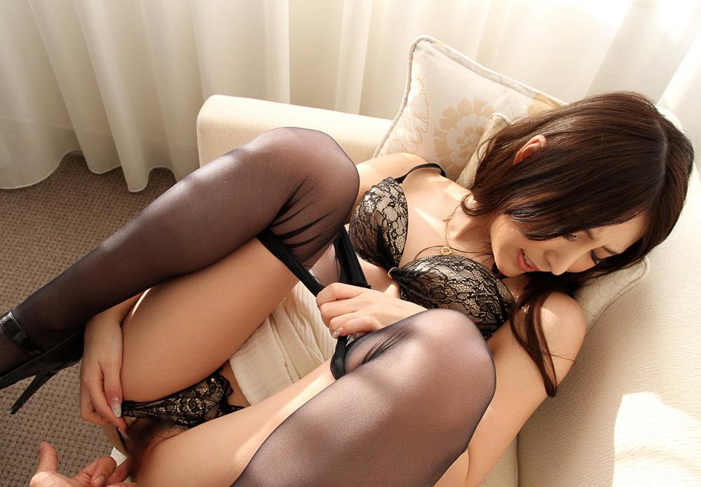 綺麗なお姉さん エロ画像 3