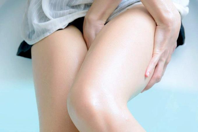 【ふともも】スベスベ感がエッチな上腿【エロ画像】