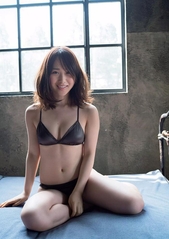 高橋朱里 画像 3